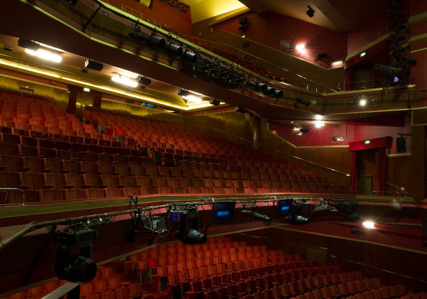 Hotels Near Adelphi Theatre