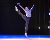 547-Tade-Biesinger-Billy-Elliot-photo-by-Alastair-Muir