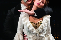 Geronimo-Rauch-as-The-Phantom-and-Harriet-Jones-as-Christine-in-Phantom-of-the-Opera.-Photo-credit-by-Johan-Persson-3