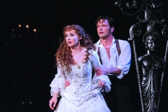 Sean-Palmer-as-Raoul-and-Harriet-Jones-as-Christine-in-Phantom-of-the-Opera.-Photo-credit-by-Johan-Persson-3
