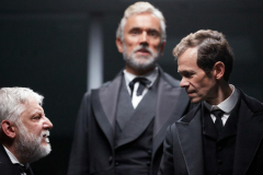 3._simon_russell_beale_ben_miles_and_adam_godley_in_the_lehman_trilogy_photo_by_mark_douet