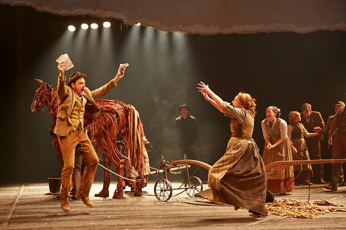 War Horse Theatrecrafts Com