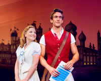 Suzie-Mathers-(Glinda)-&-Oliver-Savile-(Fiyero)_Photo-By-Matt-Crockett_5136_RT_sm