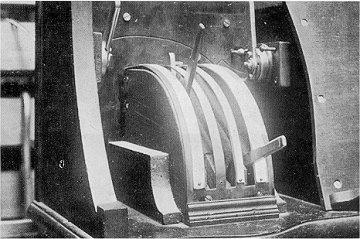 Lighting controls for the three-colour organ
